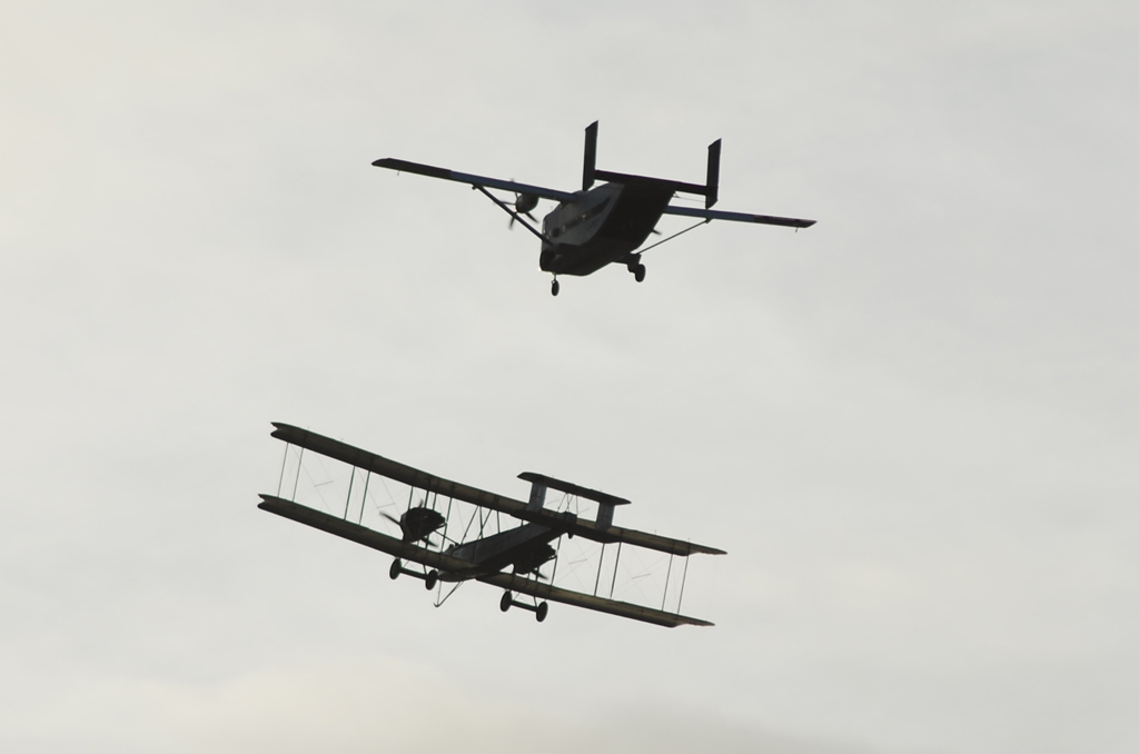 UK Airshow Review Forums • Brooklands Vimy Arrival
