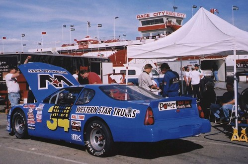 Darren Turner racing at CASCAR Emco Western Series Calgary 2001