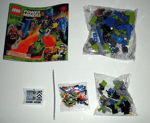 2010 LEGO Power Miners 8189  Magma Mech - Pieces