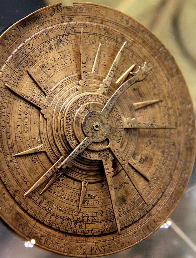 Magnificent Computer of the Ancients- Astrolabe - VUDESK