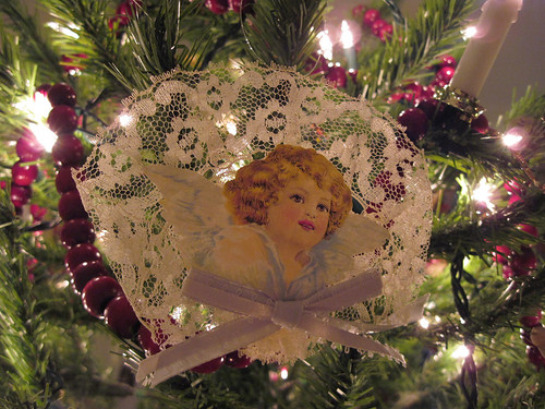 Angel Scrap Ornament 1