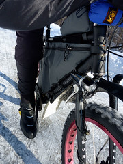 Low Front View 2 (Uncle Bicycle) Tags: snowbike studdedtire wintertouring