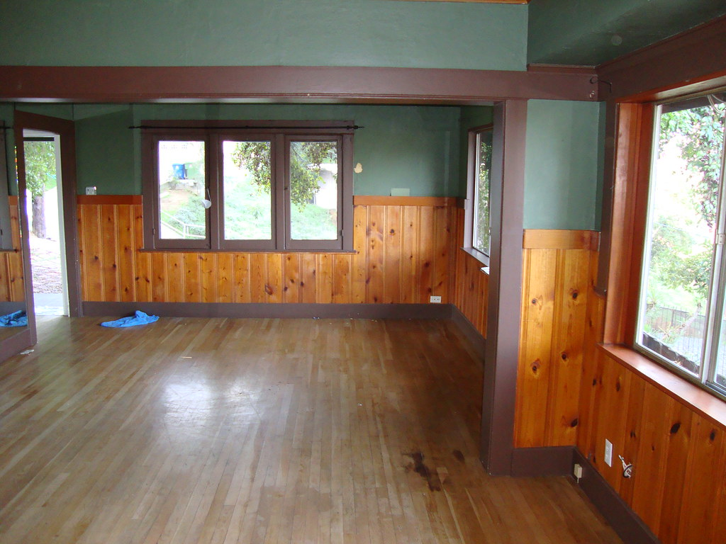 Knotty Pine In A Craftsman Home Floor Fireplace Color