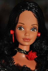 Hispanic Barbie - Rio Seorita (16) (Michel & his dolls) Tags: meetmeinstlouis sungoldmalibubarbie spanishbarbie barbiehispanic barbiehispanica