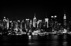 EmPiRe sTriKes back in blacK & whiTe (Wils 888) Tags: nyc newyorkcity bw white ny newyork black building night skyscraper lens 50mm prime nikon nightshot manhattan midtown hudsonriver empirestatebuilding nikkor d90 f14g mywinners nikond90