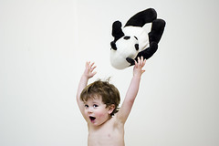 81/365. Throwing the panda (Gudrun Vald) Tags: boy barn fun happy kid toddler panda child teddy pad teddybear 365 throw pandabear bangsi krakki torfi project365 strkur henda pandabjrn