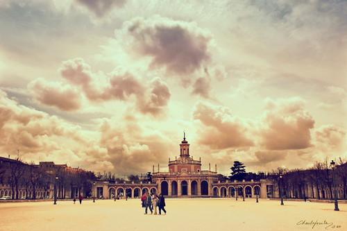 Pondre el concierto de Aranjuez para relajarnos juntos... :)