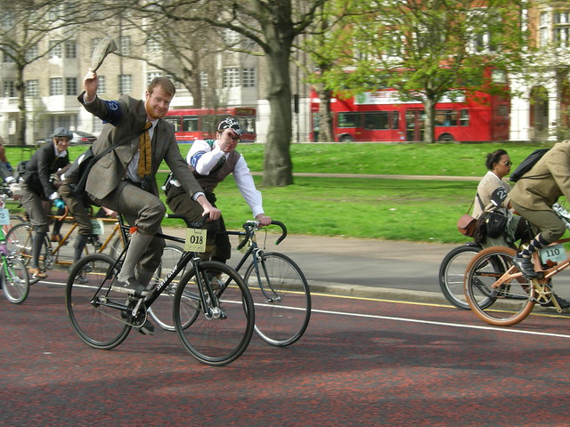 Tweed Run London 2010