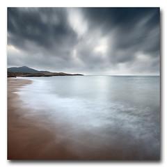 Tierra, mar y cielo... (jose.singla) Tags: reflexions idream bestcapturesaoi elitegalleryaoi