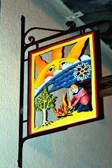 Renovando las energías (Trix: Pierre qui roule .......) Tags: francia marzo cartel enseigne rótulo fallas 2011 solesmes beasirvent beatrizsirvent