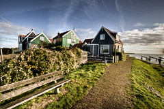 Op de dijk (Bas Lammers) Tags: wood house lake color water netherlands canon island paint fishermen hdr marken lightroom zuiderzee photoshopelements photomatix 50d markerwaard