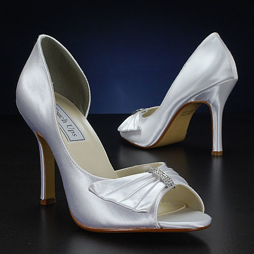 Bridal shoes from Touch Up.