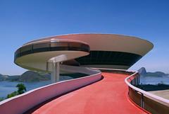 MAC - Niteroi (b_lenharo) Tags: brazil rio niemeyer arquitetura brasil riodejaneiro museum architecture oscar mac day museu clear niteroi museudeartecontemporanea comtemporanea blenharo