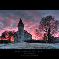 Gamlehaugen in a wintery sunset - Bergen, Norway (Papafrezzo,  2007-2012 by www.papafrezzo.com) Tags: winter red white hot cold norway fairytale norge wandelen wb bergen hdr noorwegen gamlehaugen ptur fairytalecastle