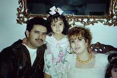 PICT0286 (mansonh@sbcglobal.net) Tags: family negative rosas scannednegatives