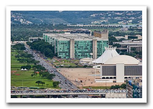 Brasilia wonders: the Esplanada dos Ministérios