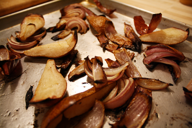 roasted pears & red onion