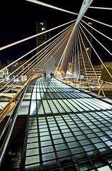 Zubi Zuri (_madmarx_) Tags: longexposure bridge light architecture night puente noche arquitectura bilbao ponte noite santiagocalatrava zubizuri canoneos450d madmarx