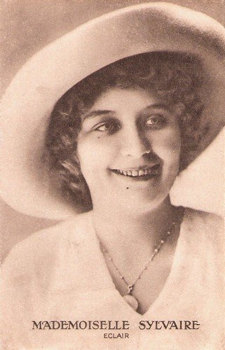 Renée Sylvaire