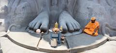 Sravanabelgola 6 (India.Stretched) Tags: india karnataka monolith jain pilgrimage bahubali sravanabelgola vidhyagiri