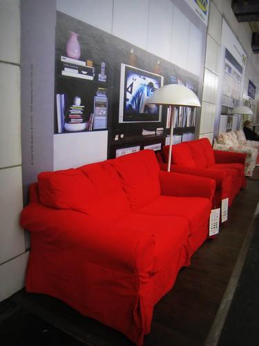 Salon IKEA dans le métro