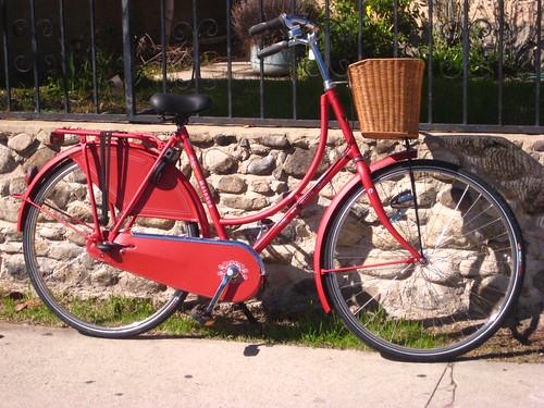 A customized Batavus Old Dutch, in red, just before it was picked up by its owner.