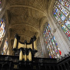 Kings College Chapel & Organ (Heaven`s Gate (John)) Tags: wood windows cambridge england art glass stone architecture fan colours interior pipes stained organ vault kingscollegechapel 10faves johndalkin heavensgatejohn kingscollegechapelorgan