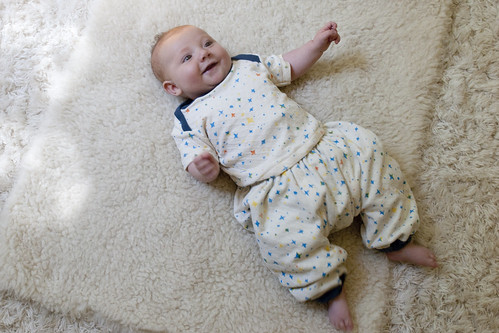 lachlan's bubble pants + envelope tee 6