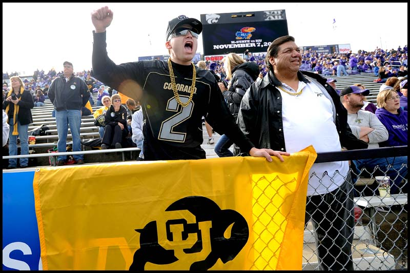20091024_FBC_COLORADO_KANSAS_ST_FAN