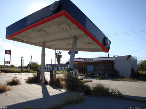 Abandoned Gas Station 01