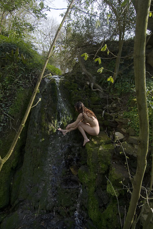 The naiad in her woodland home