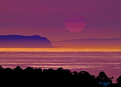 island sun (artfilmusic) Tags: ocean sunset island