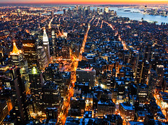 Manhattan (tianxiaozhang) Tags: city nyc sunset newyork lights skyscrapers dusk manhattan brooklynbridge empirestatebuilding fifthavenue 17mm ef1740l eos450d