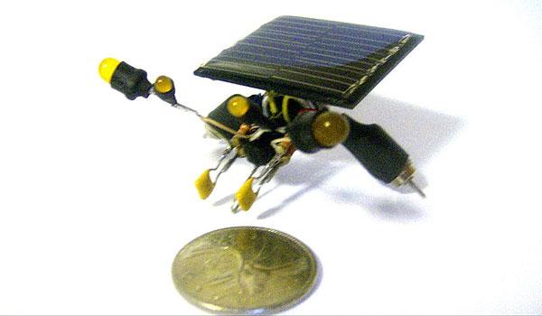 mini-solar-robots-2