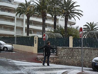 la neige tombe sur Paul.jpg