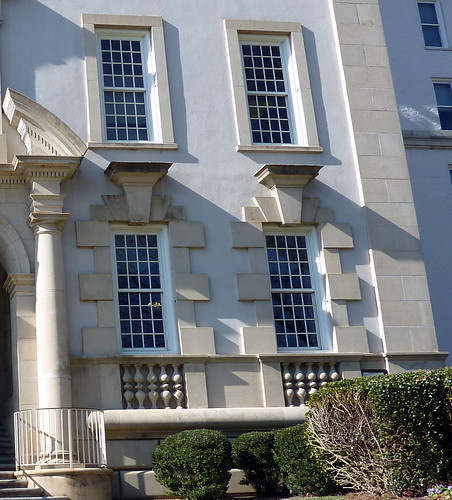 P1000646-2010-02-07-Shutze-Emory-Hospital-East-Muscular-Window-Surrounds