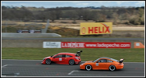 Opel Astra Touring Cup versus