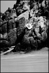 "Sombrero (Kevin Vsquez ""Aurinegro en Caracas"") Tags: sea costa beach hat de mar rocks venezuela playa bahia sombrero rocas oro caribe estado cata municipio aragua"