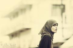 the look (Ąиđч) Tags: street portrait woman andy girl look photography donna strada veil andrea candid muslim stranger andrew sguardo arab fotografia mauritius ritratto velo ragazza araba benedetti sconosciuta mussulmano ąиđч maheboug