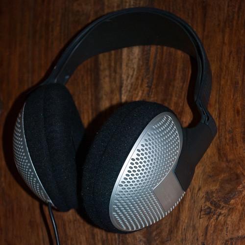 230310_ mdr-cd280 headphones