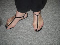 Black thong sandals with black nail polish (2moshoes) Tags: black feet sandals thong nailpolish