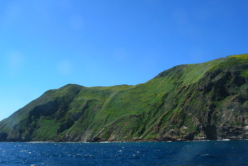 Anacapa Island up closer