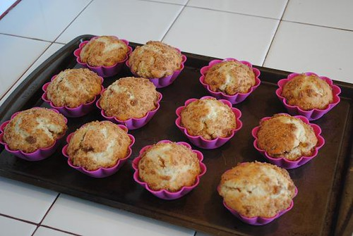 crumb cake muffins 006