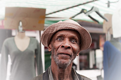 A man from Deptford (Che-burashka) Tags: old portrait man black smile hat portraits cara panama deptford deptfordmarket streetmarkets