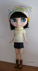 Pearly white set (sweater & hat) for Blythe: elegantly cosy!