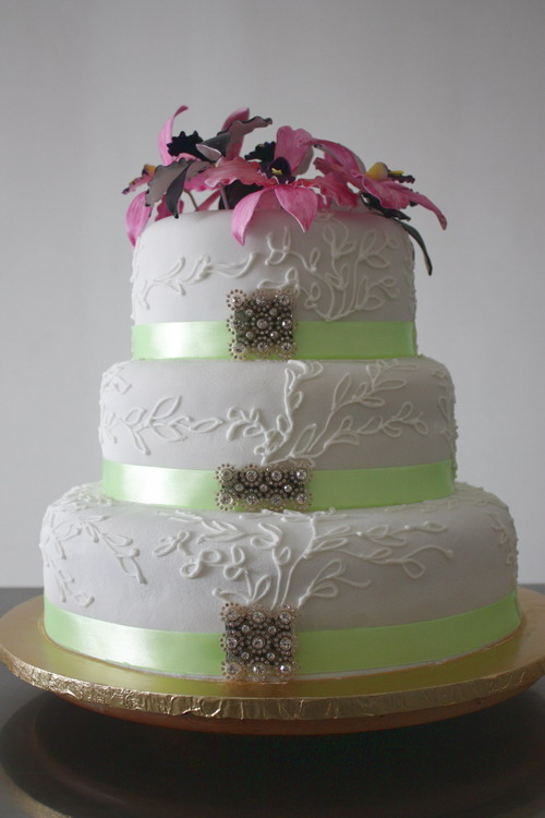 wedding cake flowers 2