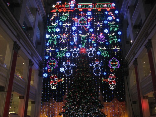 Macy's Wanamaker Organ Christmas Light Show | Retro Roadmap