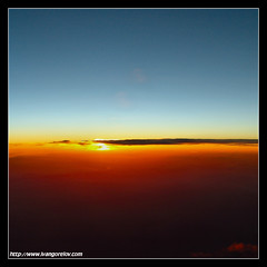 One World / Egy Vilg (FuNS0f7) Tags: dawn flight sonycybershotdscf828 anawesomeshot cloudslightningstorms