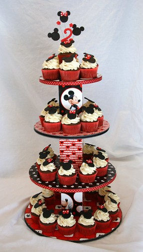 Minnie And Mickey Mouse Cupcake Tower Plus Santa Hat