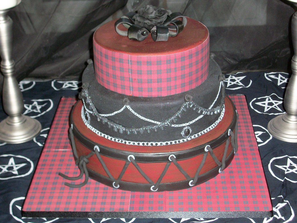 punk rock wedding cakes the world s best photos of black and wedding flickr hive 18844